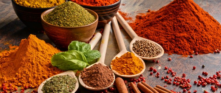 The 10 Herbs and Spices That Can Help You Lose Weight